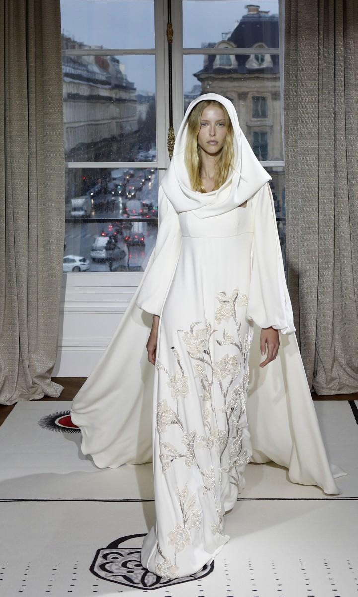 Pariser Couture startet mit Hauch von Afrika   Tageblatt.lu