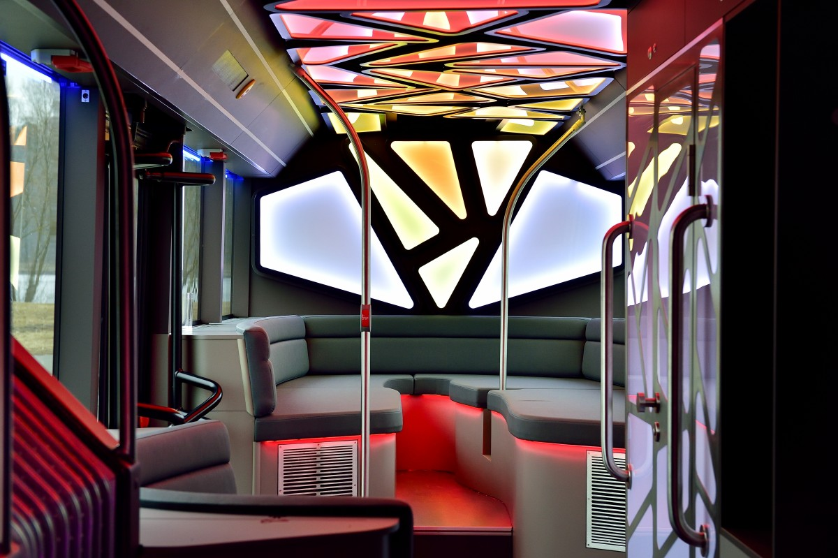 Man disco bus f r sales lentz for Motor city party bus