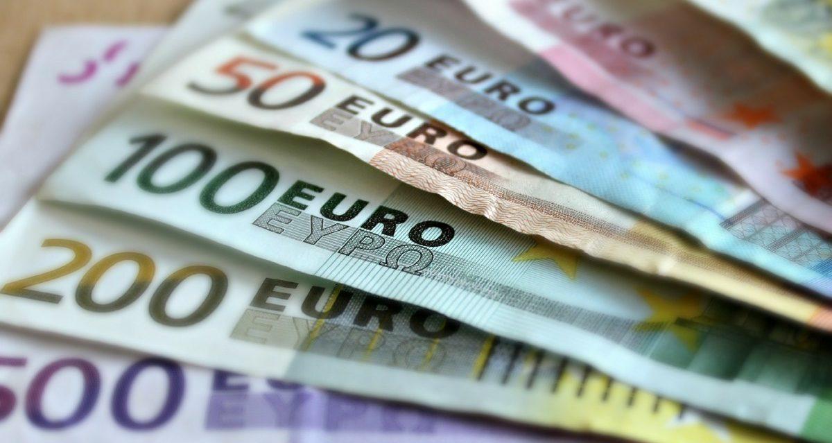 Angst Vor Geldwäsche Geldhäuser Können Entscheiden Ob Sie