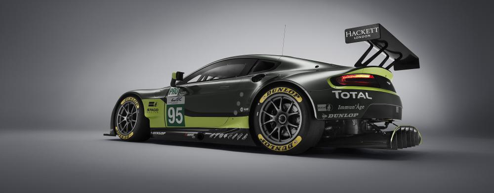 aston martin racing mit dunlop. Black Bedroom Furniture Sets. Home Design Ideas
