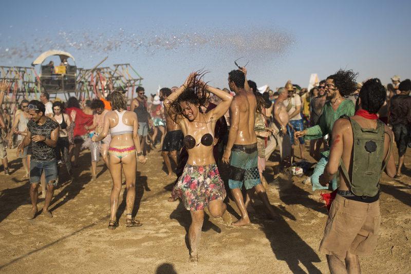 pic Hippie nackt