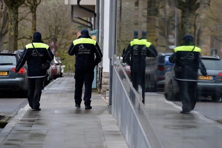 Polizisten zusammenleben mit einem Nach Randale